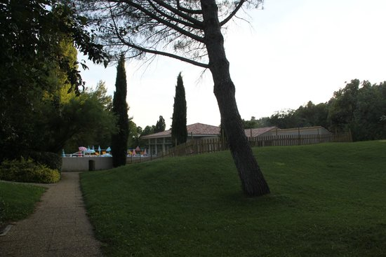 Club Domaine de Château Laval : giardino