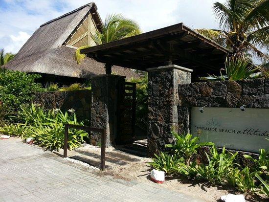 Emeraude Beach Attitude: Entrance