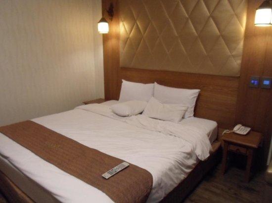 Polaris Hotel : Tempat Tidur