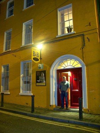 Cashel Holiday Hostel: Very Inviting