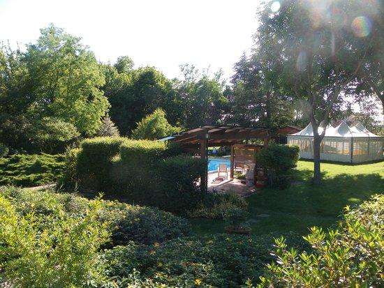 I Casolari Bed & Breakfast: La vista dalla terrazza