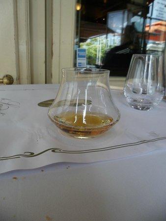Le Lamartine: Vieux Marc de Bourgogne de la maison