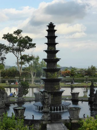 Tirta Ayu Hotel & Restaurant : Uitzicht vanuit het restaurant