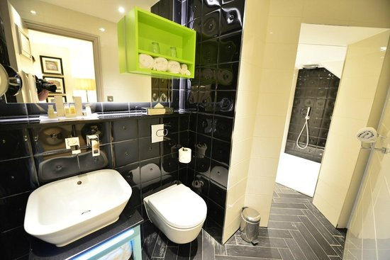 Hotel Indigo London Kensington: Bathroom