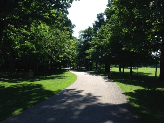 Rideau Hall : The Grounds