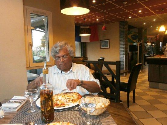 Hotel Crocus : Pizzeria