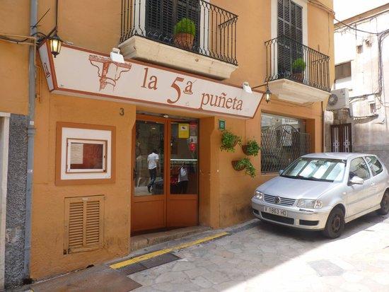 La 5a Puneta: back street