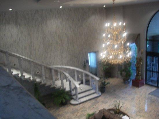 BEST WESTERN Plus Concordville Hotel: Lobby