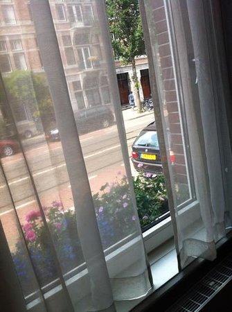 Hotel Apple Inn: la ventana de nuestra habitación