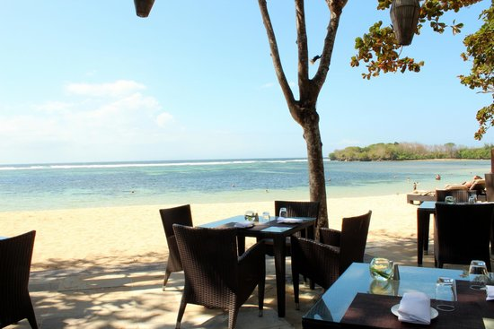The Laguna, a Luxury Collection Resort & Spa: The Arwana restaurant