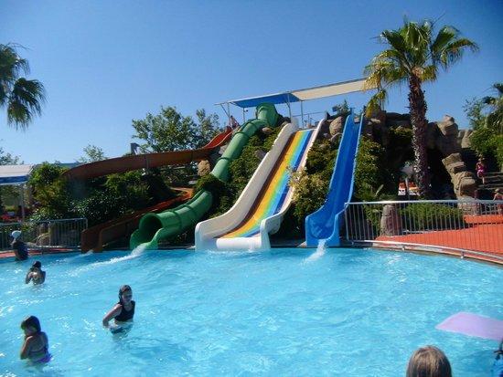 "VON Resort Golden Coast: Toboggans des ""plus petits"""