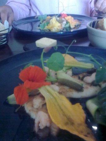 The Five Bells Inn: Beautifully presented food