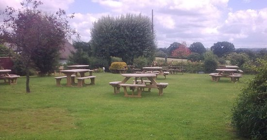 The Five Bells Inn: Large garden with lots of seating and good views
