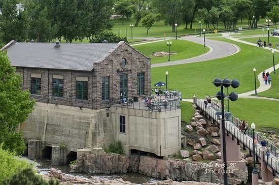 Overlook Cafe at Falls Park