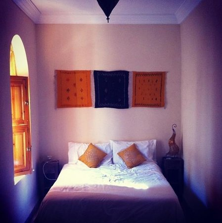 Riad Ma'ab : Homely, clean & comfortable bedroom