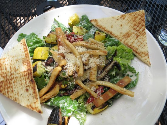 Austin's American Grill: Vegetable Caesar