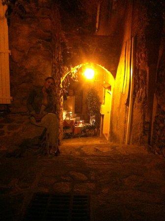 Lou Portaou: rue de derrière