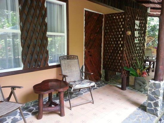 Chilamate Rainforest Eco Retreat: Patio