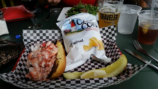 The Blue Coral : Lobster Roll