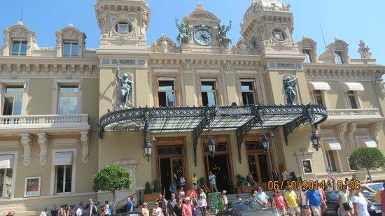 Casino of Monte-Carlo .