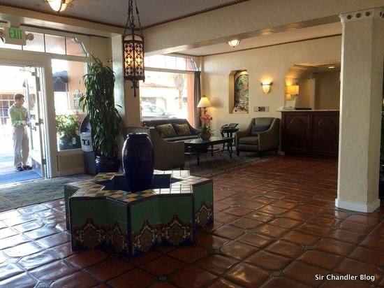 Holiday Inn Express Santa Barbara: La fuente del ingreso