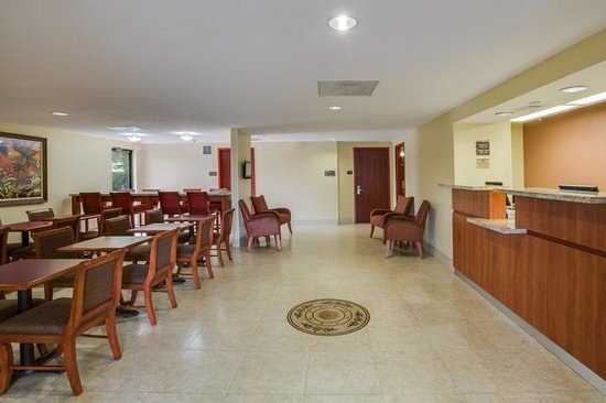 BEST WESTERN  Fort Lauderdale Airport/Cruise Port: Hotel Lobby