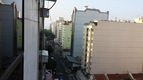 Atlântico Copacabana Hotel : Rua Siqueira Campos e, a 3 quarteirões, está Copa