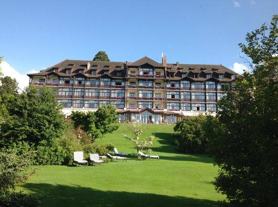 Hotel Ermitage - Evian Resort: vue du parc