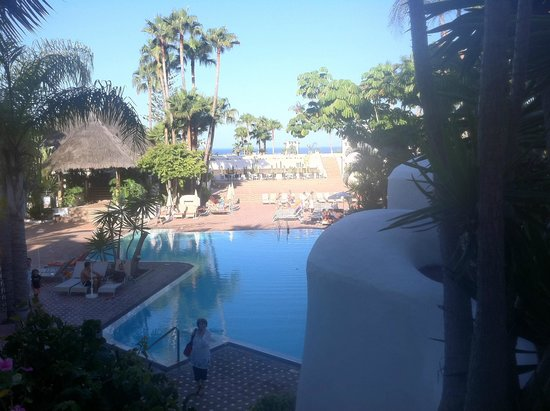 Hotel Jardin Tropical : Hotel Grounds