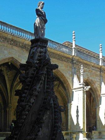 Santa Maria de Leon Cathedral: Claustro de la Catedral de León