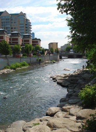 Truckee River Walk : Truckee Riverwalk, Reno, NV
