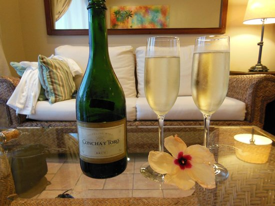 Coco Beach Resort: Complimentary champagne