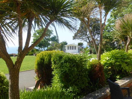 Hotel Miramar front garden directly overlooking the sea