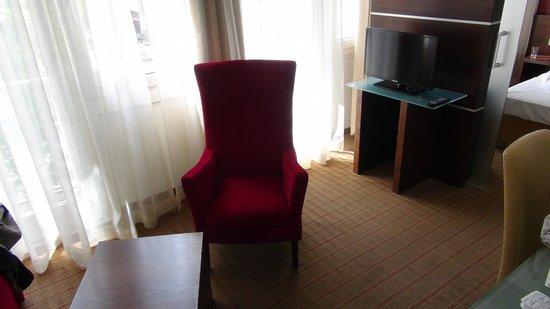 Hotel Am Augustinerplatz: Suite 312 Sitzecke