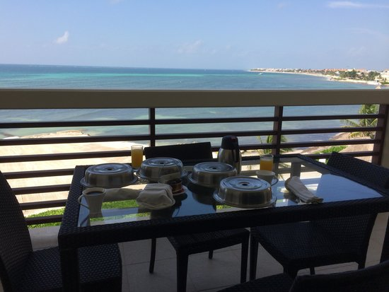 Secrets Silversands Riviera Cancun: Balcony breakfast overlooking the ocean from the Presidential Suite