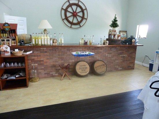 Cayman Spirits Co. Distillery: Tasting