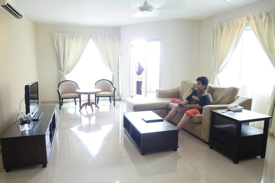 Marina Island Pangkor Resort & Hotel : living