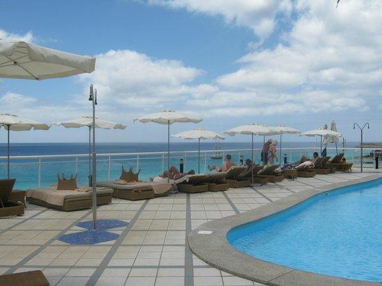 XQ El Palacete: piscina e mare