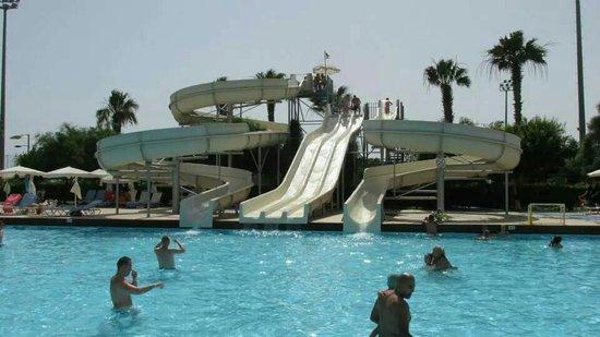 Kervansaray Lara Hotel : Slides
