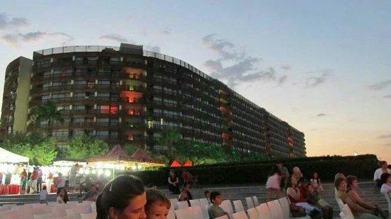 Kervansaray Lara Hotel : Nighttime view