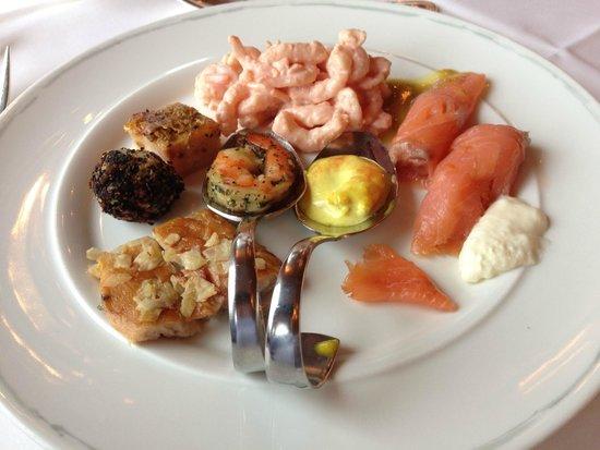 Hotel Traube Tonbach: 1. Frühstücksgang