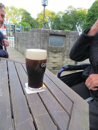Atlantic Reach: 3/4 pint of Guinness