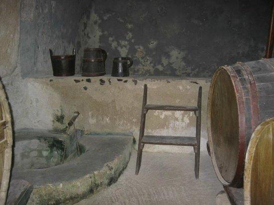 Lignos Folklore Museum: wine pressing room