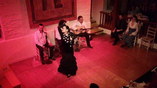 El Tablao de Carmen : Une jeune danseuse