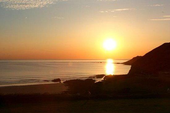 Watersmeet Hotel: Breathtaking sunset