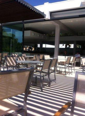 Sun Club El Dorado: Pool bar