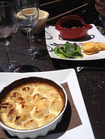 CHALET D'ALTITUDE DU SAPET : gnocchis à la crème et fromage, et perrugine