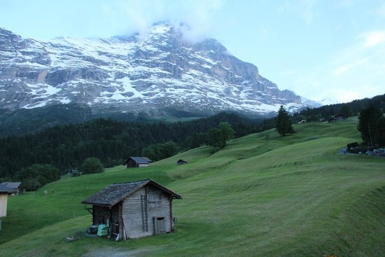 Aspen Alpin Lifestyle Hotel Grindelwald: This was the view from our room, fantastic!!!!