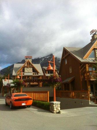 Hidden Ridge Resort: View of resort