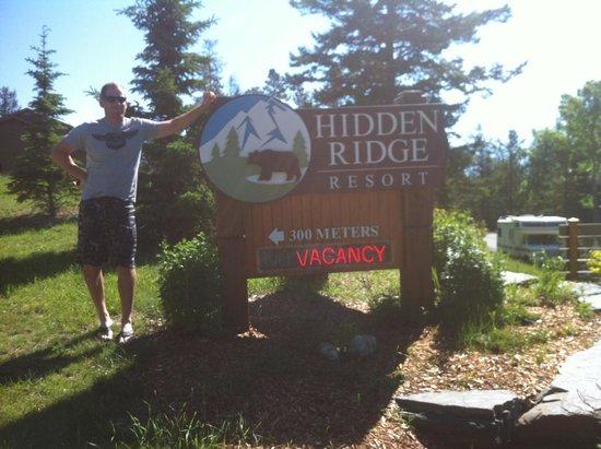 Hidden Ridge Resort: Sign